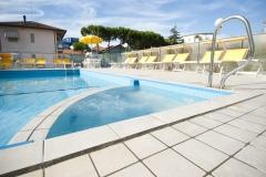 hotel_giunchi_piscina_003